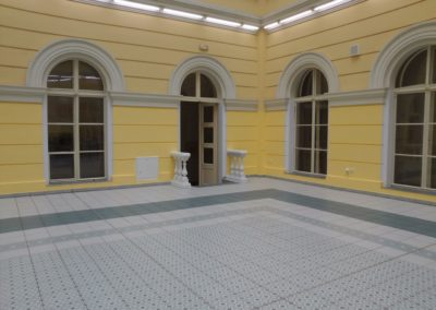 Gymnázium Jana Nerudy, Hellichova 3, Praha 1